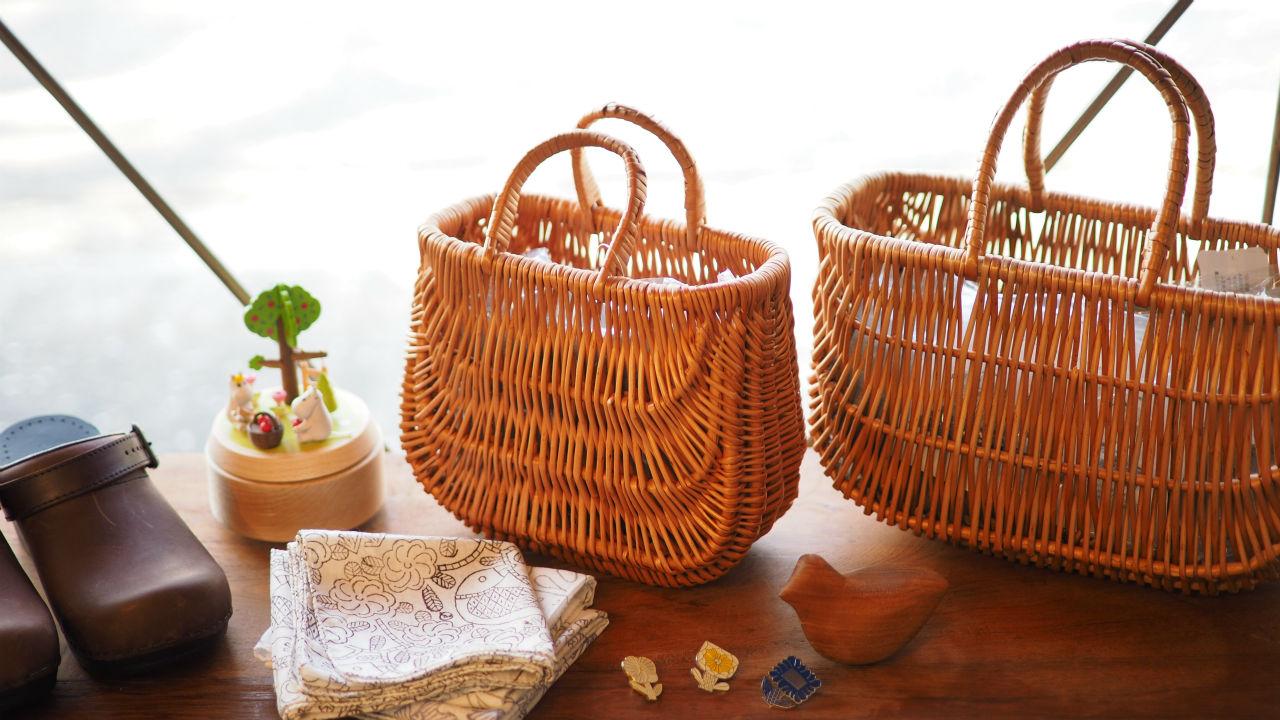 ラトビアの伝統工芸、大切に使いたいかごバック。